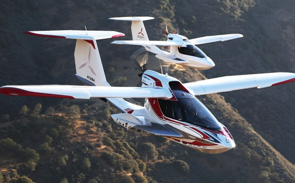 Flying the Incredible Icon A5