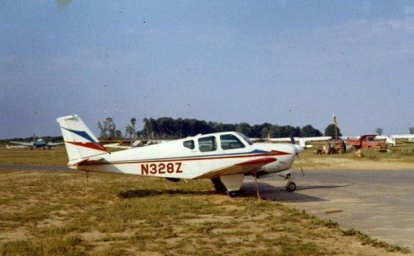 Beechcraft Debonair plane