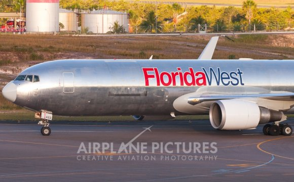 Florida West Boeing 767-300F