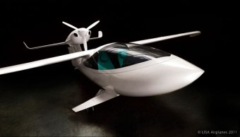 AKOYA Light Amphibious Ski Plane by Lisa Airplanes