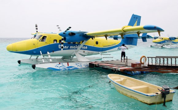Water landing aircraft